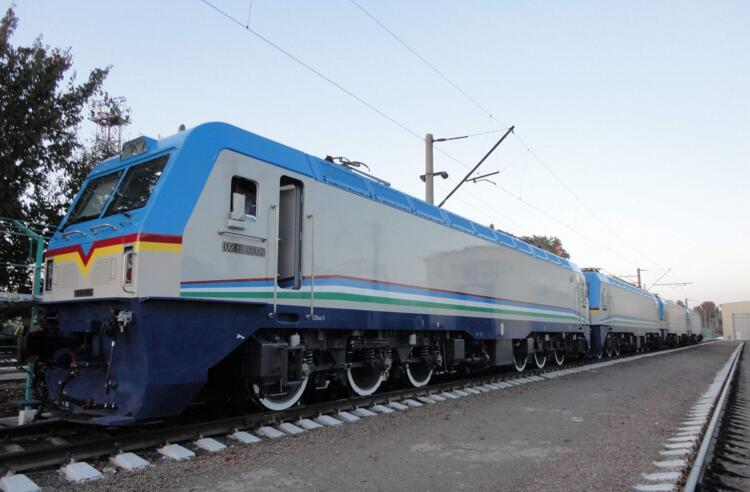 大连-布拉迪斯拉发货运列车